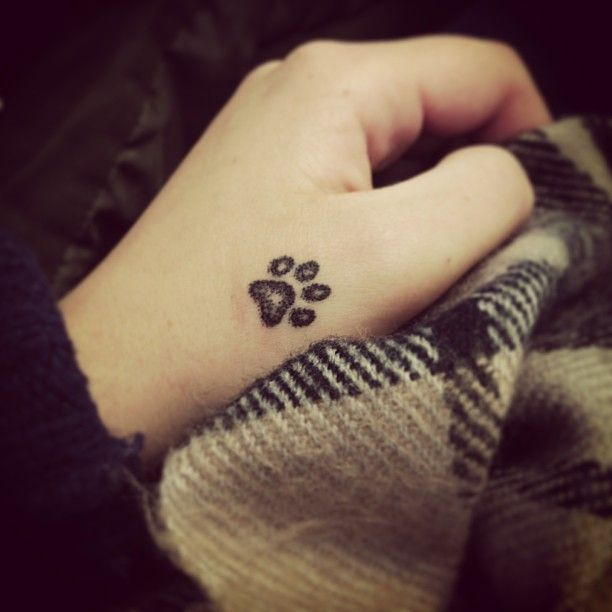 Tattoo Designs For Girls On Hand: 30 Small Cute Tattoos For Girls