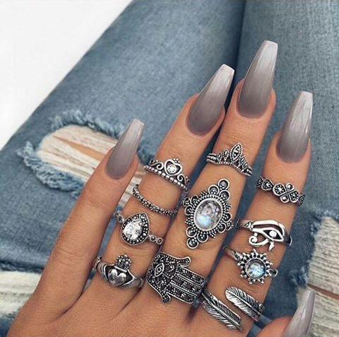 Coffin nails inspiration 35 gorgeous coffin shaped nails besides bright ombrs we are also a big fan of more subtle designs such as grey and beige polishes and because of the long shape of coffin nails prinsesfo Gallery