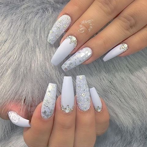 30 beautiful diamond nail art designs diamond nails inspiration this crushed diamond nail art design is probably even more shiny and eye catching than a regular diamond nail design if you wouldnt like it to be too over prinsesfo Gallery