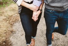 Love Messages:Love Textsfor Him and Her