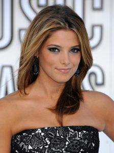 Ashley Greene Light brown hair with blonde highlights and lowlights