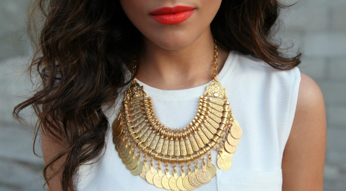 5 Gorgeous Necklaces to Upgrade Any Outfit