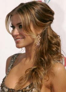 hairstyle for thick wavy hair