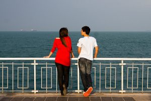 how to tell if a guy likes you quiz