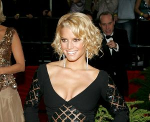 jessica simpson short hair