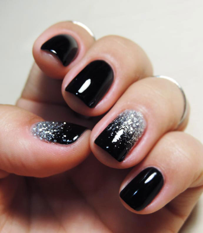 Easy nail designs cute and easy nail art for beginners 19glitter ombre nails solutioingenieria Images