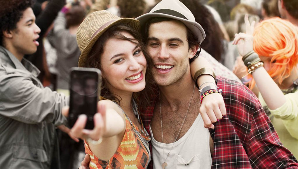 12 Signs You Are in a Serious Relationship | Girlterest