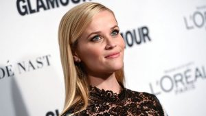 Reese Witherspoon with smoky eyes