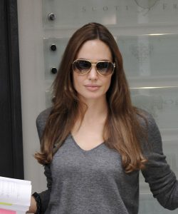 Angelina Jolie rocking aviators