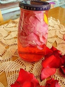 rose water uses