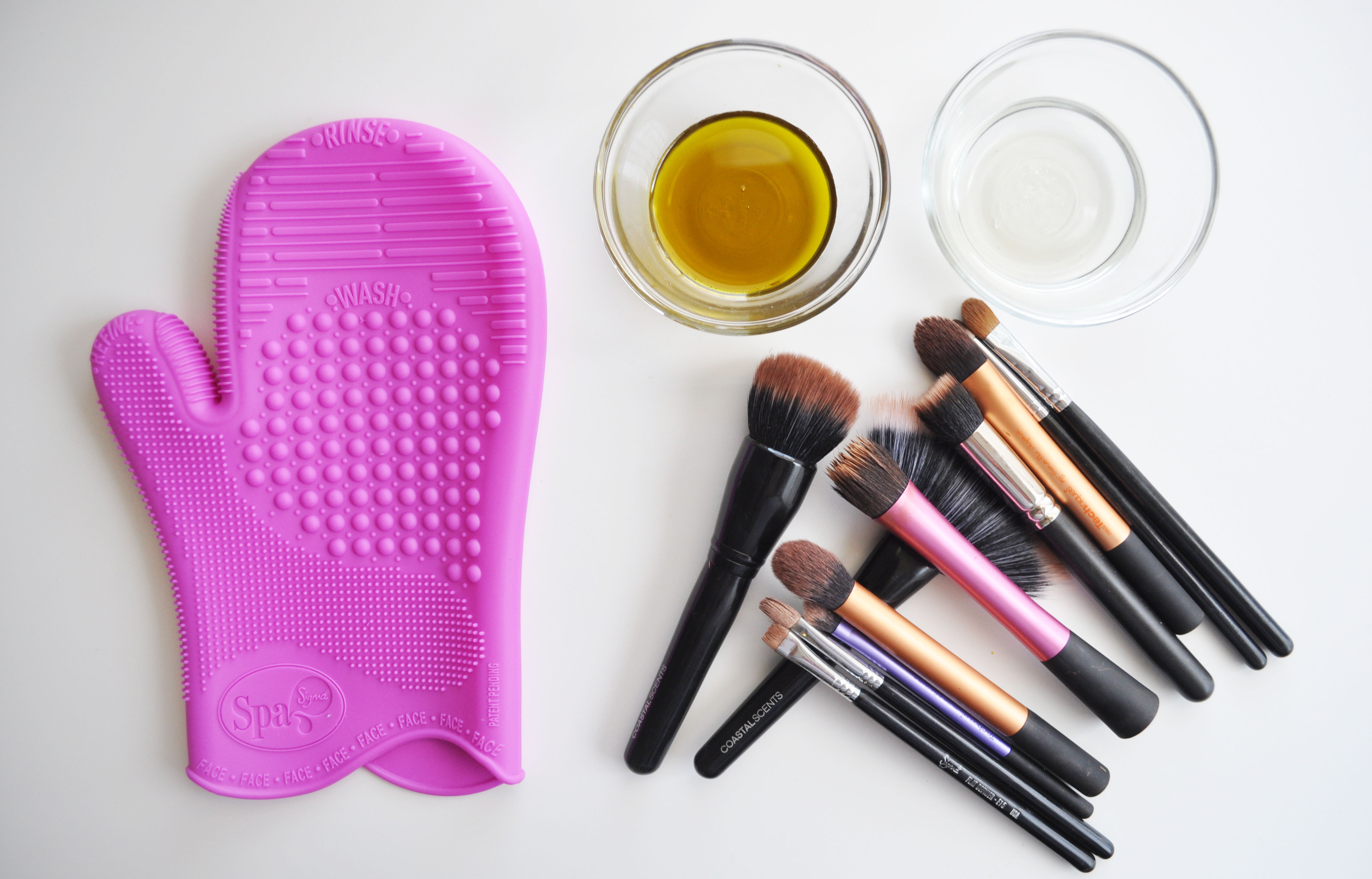How To Clean MakeUp Brushes | MakeUp Brushes Cleaning Guide