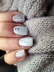 Top 30 cute gel nails designs gel nail ideas you must try did you know you could get glittery gel polishes opi has the exact same glittery polish called by the light of the moon add a drop of alpine snow to get prinsesfo Gallery