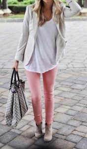 peach jeans outfit