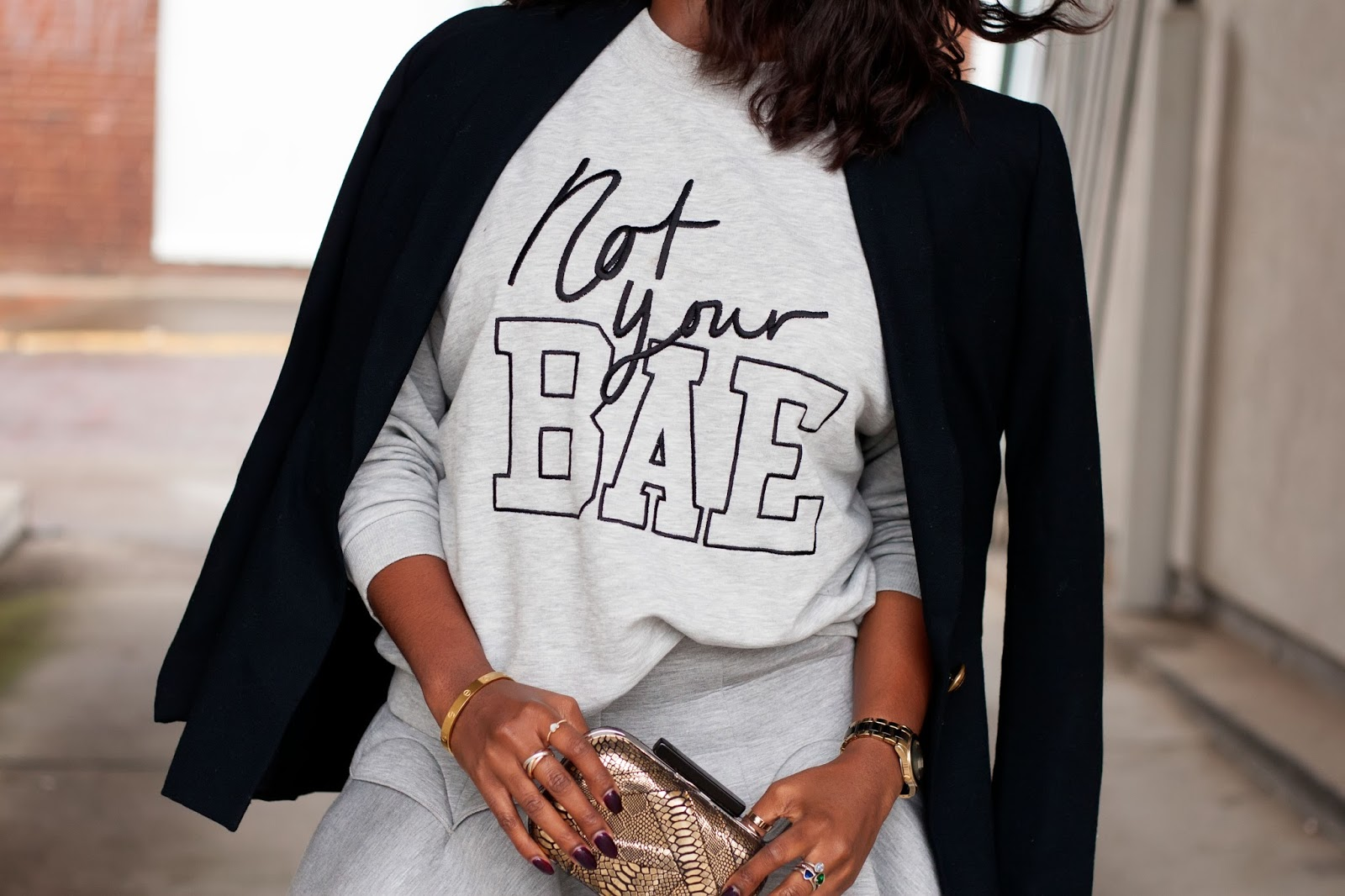 Call Babe: What Does it Mean When a Guy Calls You 'Babe'?