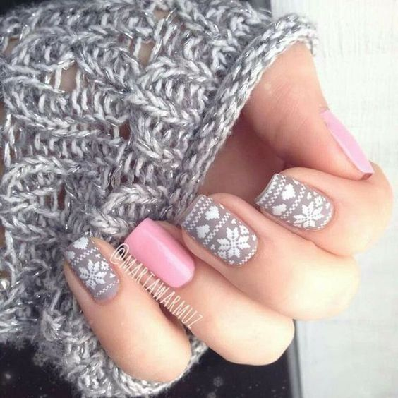 taupe pink nails