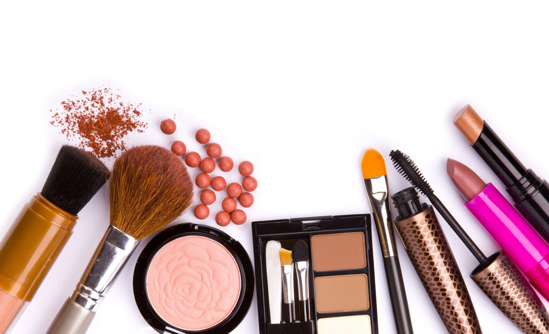 12 Best Organic Makeup Brands to Try!