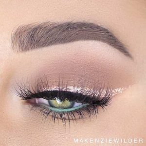natural green eyes makeup