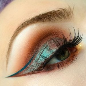 green eyes makeup eyeliner