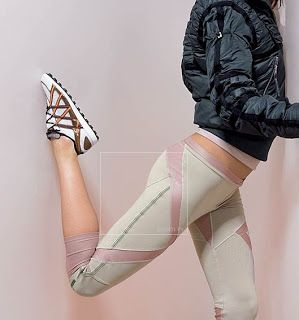 grey workout outfit