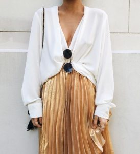 pleated skirt outift