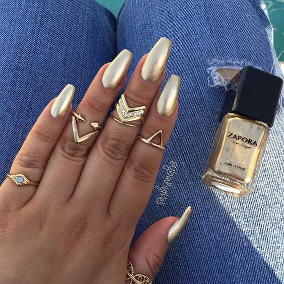Gold Nails: 35 Gold Nail Designs - Part 2