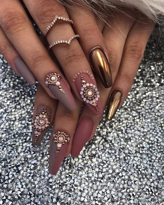 25 Shiny Chrome Nails Mirror Nail Designs