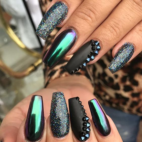 25 Shiny Chrome Nails | Mirror nail Designs