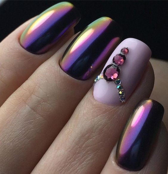 Art Designs: 25 Shiny Chrome Nails