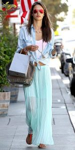 alessandra ambrosio denim outfit