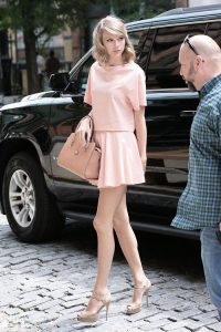 pastel outfit taylor swift