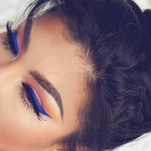electric blue summer makeup