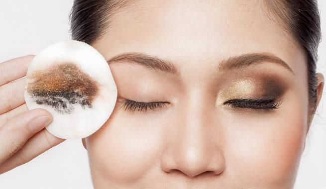 eyeliner allergy