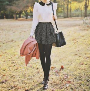 Round Collar Top And Polka Dots Skirt