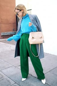 Oversized sweater, Turtleneck and Green pants