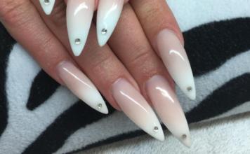 Stilleto Nails Cover
