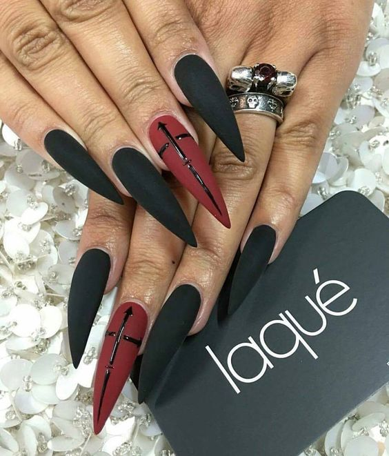 11Vampire Fang Pointy Stiletto Nails