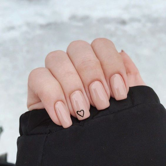 simple nude nails