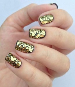 Gold Mirror Mosaic Nails