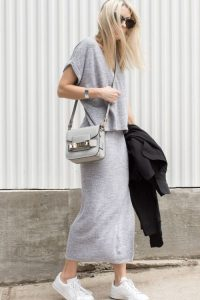Baggy V Neck And Midi