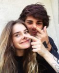 funny selfie couple pic