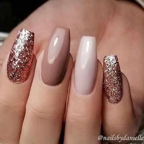 nude nails glitter