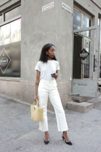 All White Boyfriend Jeans Outfit