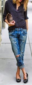 Casual Cool Boyfriend Jeans with Quirky Details