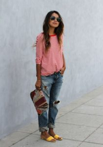 Relaxed Spring Style with Boyfriend Jeans