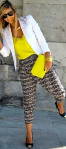 printed trousers outfit