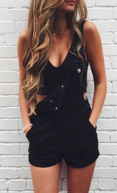 Overall Shorts Outfit Ideas