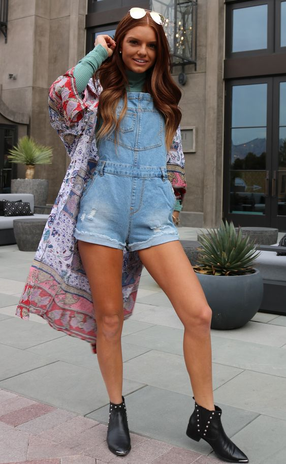 stylish overall outfit