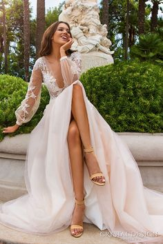 fashionable wedding long sleeve