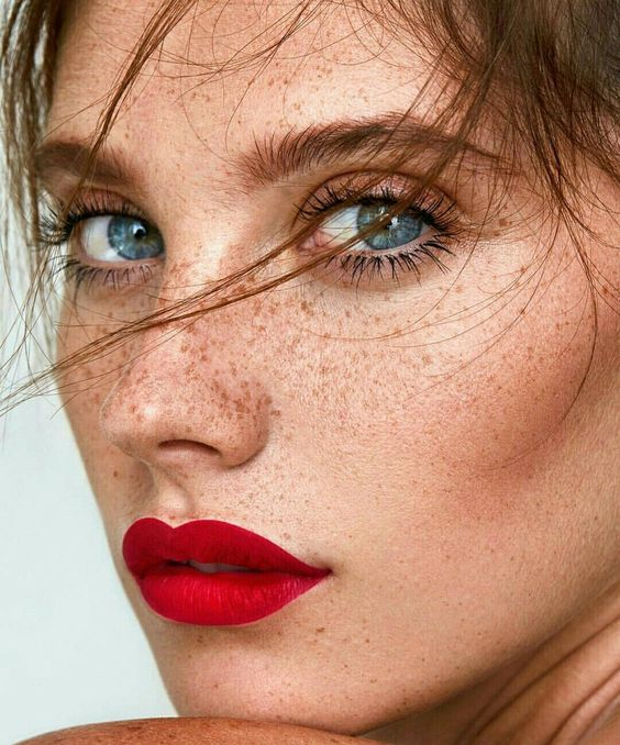 lashes natural