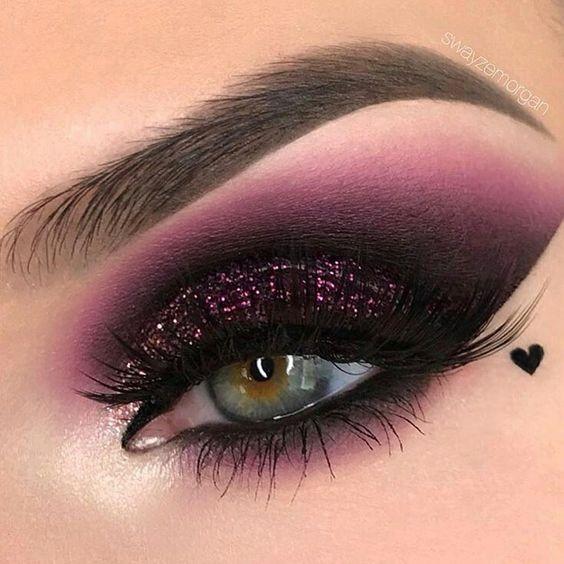 Subtle Grey Smokey Eye